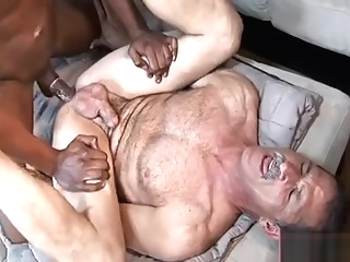interracial blowjob daddy